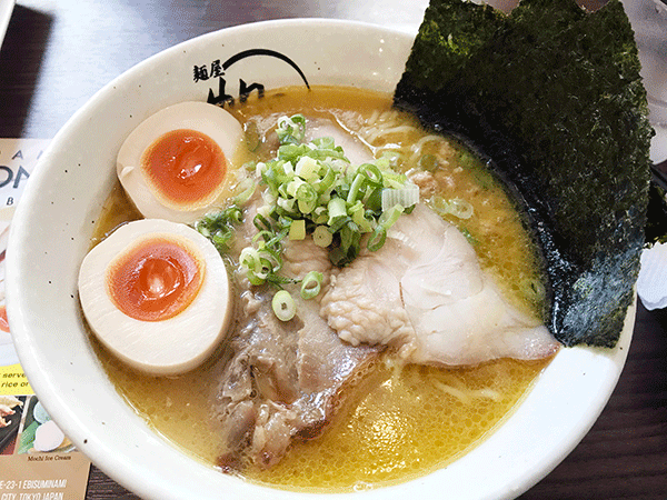 特製鶏白湯麺 ¥1,180円