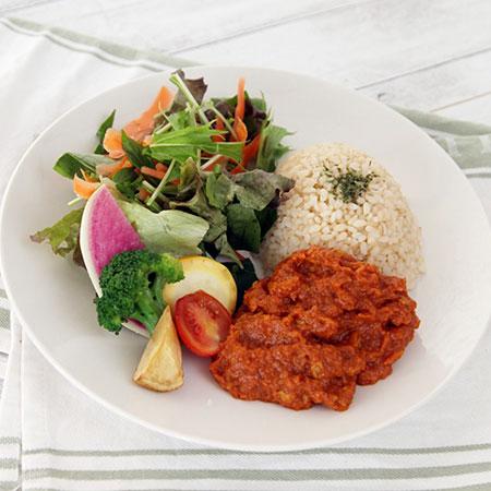 野菜と食べるキーマカレー