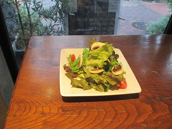 オプションメニュー「有機野菜のミニサラダ」