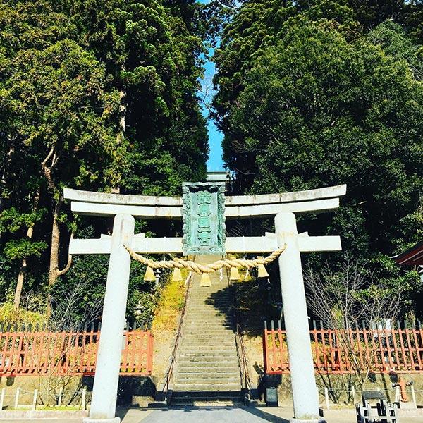 鹽竈神社 表参道は202段の石段