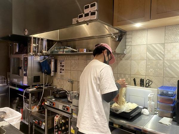 全てこの調理場で手作りして作られています。