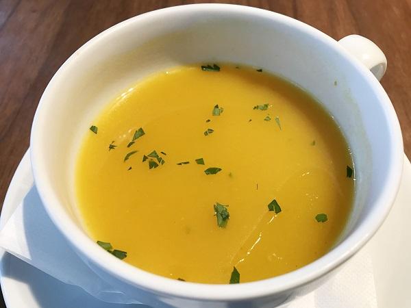 バターナッツカボチャのスープ