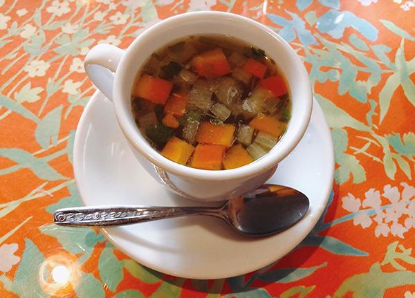 冬季限定の野菜スープ